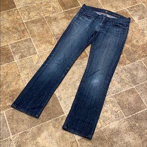 7FAM women's size 27 straight leg jeans